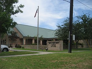 Westwego, Louisiana - Edith S. Lawson Library in Westwego