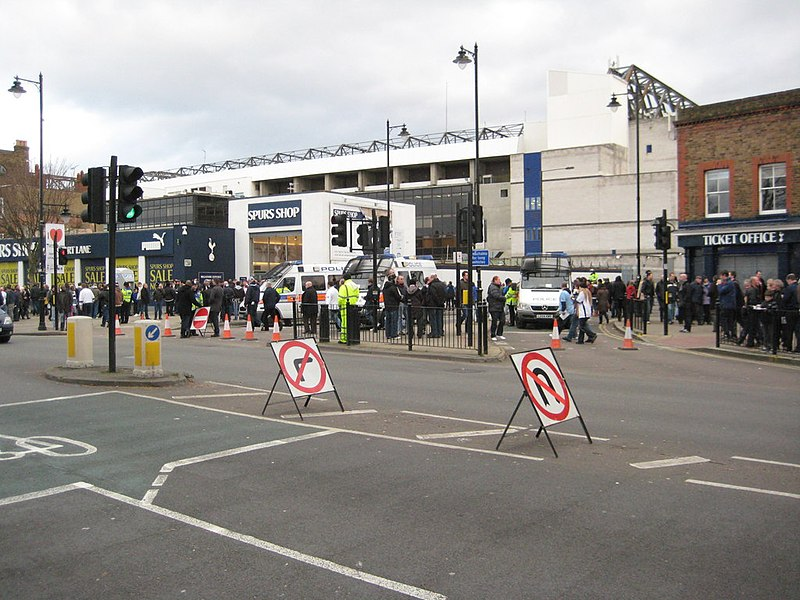 File:White Hart Lane viewed from High Road (geograph 2760922).jpg