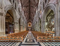 Worcester Cathedral Nave, Worcestershire, UK - Diliff.jpg