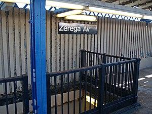 Zerega Avenue (IRT Pelham Line) - Image: Zerega Avenue (IRT Pelham Line) by David Shankbone