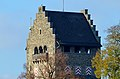 'Bergfried' des Schlosses in Uster, Ansicht vom Buchhaldenweg 2012-11-14 13-47-54.JPG