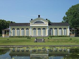 Örbyhus Castle - The orangery in the park