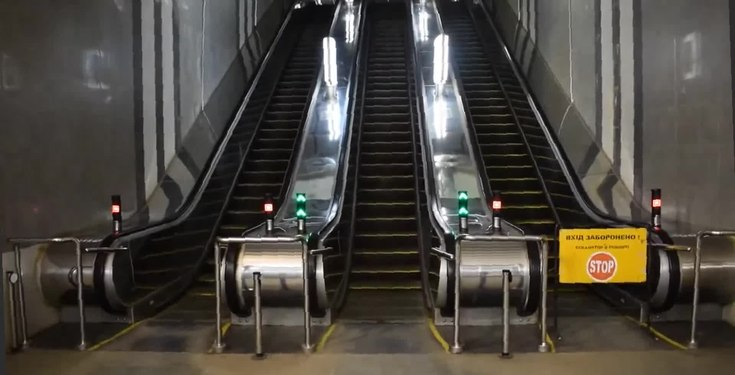 File:Блок ескалаторів ЕТК-215.webm