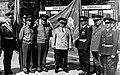 Генерал армии Лелюшенко Д.Д. у Боевого Знамени 68-го гв. тп. Бернау 1983..jpg