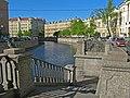 Канал Грибоедова, спуск у Львиного моста.jpg