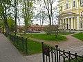 Кронштадт. Ленинградская 2 (музей истории Кронштадта), территория02.jpg