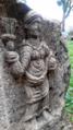 تمثال منحوت على الحجر.png