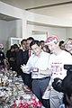ขนม ขนม นายกรัฐมนตรี เป็นประธานเปิดงานเพลินจิตแฟร์ประ - Flickr - Abhisit Vejjajiva.jpg