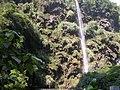 马岭河峡谷内的瀑布-2007.jpg