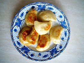 Un plat traditionnel de Pierogi