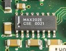 1&1 NetXXL powered by FRITZ! - Maxim Integrated MAX202E on mainboard-1837.jpg