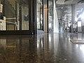 1 Stock Universität Wien Gang.jpg