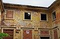 2014 giu Villa Pellegrini Marioni Pullè, Chievo, Verona, photo Paolo Villa Lodge, side, oriental pilaster strip, roof caved, plaster fell, doors walled FOTO6333bis.jpg