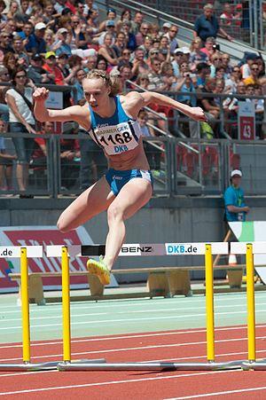 Jackie Baumann - Image: 20150725 1314 DM Leichtathletik Frauen 400m Hürden 8905
