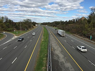 Ewing Township, New Jersey - View south along I-295 from Bear Tavern Road (CR 579)
