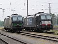 2018-05-04 (306) Siemens Vectron AC Electrically-powered locomotives 193 251 and X4 E - 606 of Wiener Lokalbahnen at Bahnhof Enns.jpg