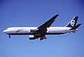 230cv - Air New Zealand Boeing 767-319ER, ZK-NCL@LAX,25.04.2003 - Flickr - Aero Icarus.jpg