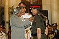 A.P.J. Abdul Kalam presenting the Param Vishisht Sewa Medal to the Lieutenant General Deepak Kapoor (IC-17622), AVSM,SM,VSM, Artillery, at Defence Investiture Ceremony, at Rashtrapati Bhavan in New Delhi on March 21, 2007.jpg