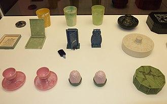 Urea-formaldehyde - A range of objects made from urea formaldehyde