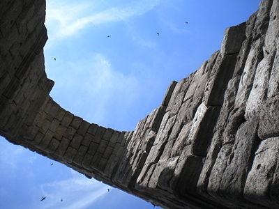 Acueducto de Segovia Espana.jpg