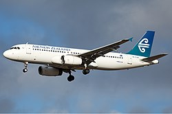 Air New Zealand Airbus A320 Nazarinia-1.jpg