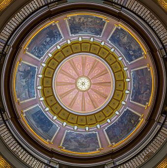 The dome interior as seen from the floor of the rotunda. Alabama State Capitol, Rotunda 20160713 1.jpg