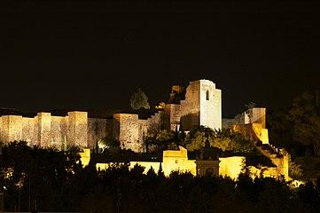 Alcazaba Romana Malaga. Vista Nocturna.jpg