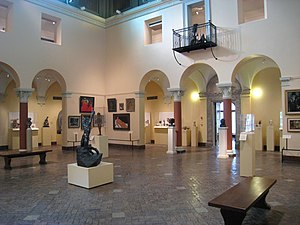 Allen Memorial Art Museum - Allen's Central Rotunda, which contains the Egyptian, Greek and Roman art wings.