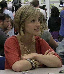Allison Mack in 2009