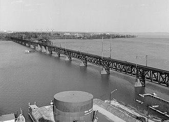 Philadelphia, Baltimore and Washington Railroad - This 1906 bridge over the Susquehanna River, now called the Amtrak Susquehanna River Bridge, replaced the Civil War-era 1866 PW&B Railroad Bridge between Havre de Grace and Perryville, Maryland.