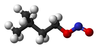Amyl nitrite - Image: Amyl nitrite 3D balls
