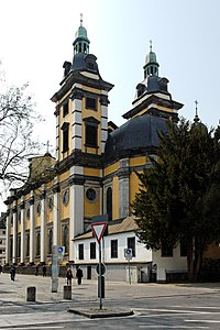 Andreaskirche in Duesseldorf-Altstadt, von Nordosten.jpg