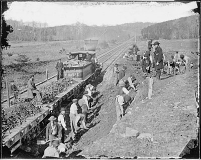 Aquia Creek and Fredericksburg Railroad, construction corps at work, Va. - NARA - 528988.jpg