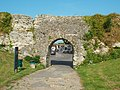 Arch at Pevensey Castle (geograph 5789095).jpg