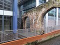 Arch at the Blade - geograph.org.uk - 2220231.jpg