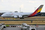 Asiana Airlines, HL7626, Airbus A380-841 (30313479197).jpg