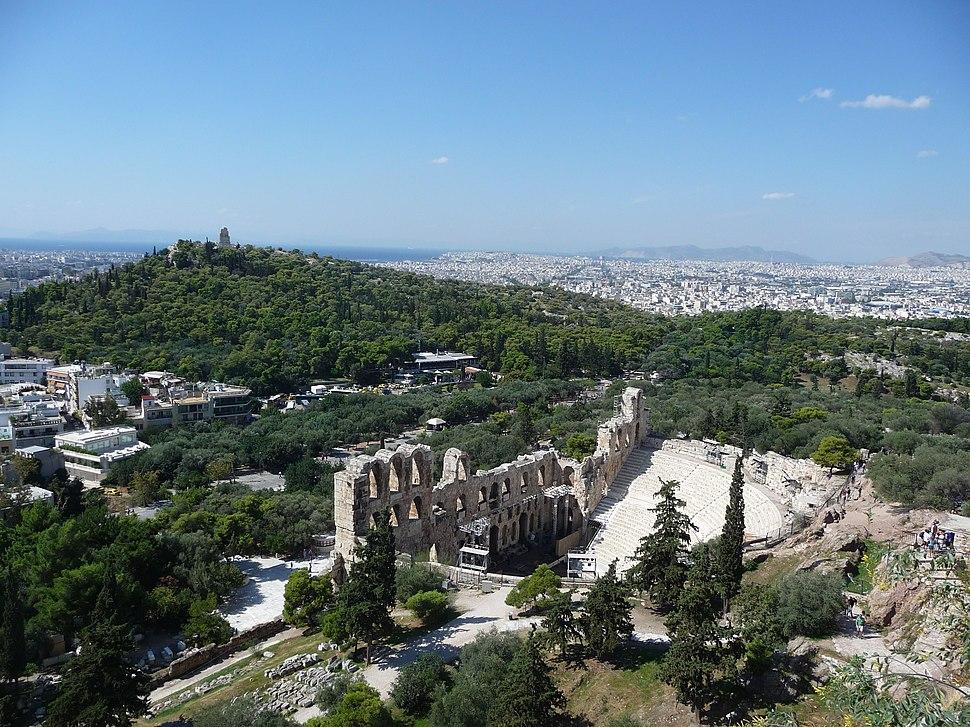 Athen – Philopapposdenkmal und Odeon Herodes Atticus - panoramio