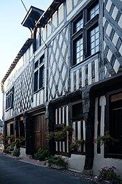 Aubigny-sur-Nère, maison de Saint-Jean.jpg