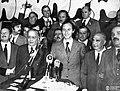 Balbín y De la Rúa durante la campaña de 1973.jpg