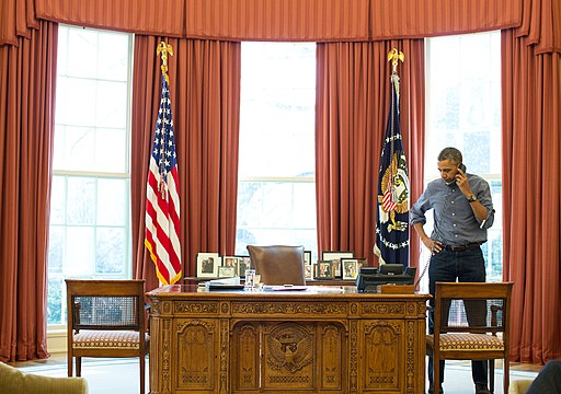 Barack Obama talks on the phone with Russian President Vladimir Putin about Ukraine, March 1, 2014