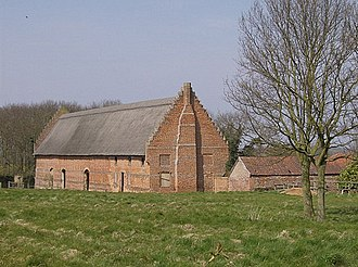 1480s in architecture - Image: Barn at Hales Hall geograph.org.uk 982774