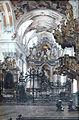 Barockes Kircheninterieur.jpg