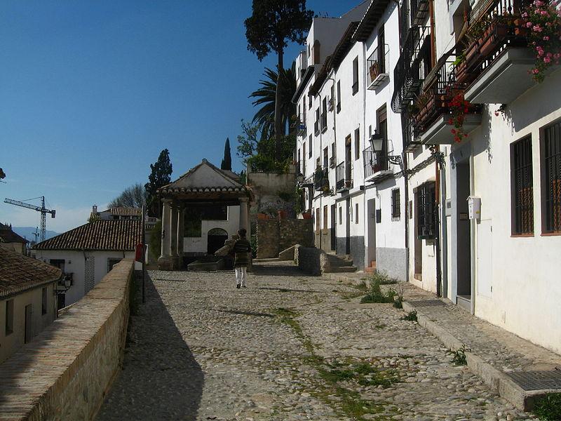File:Barrio del Realejo-San Matías.jpg