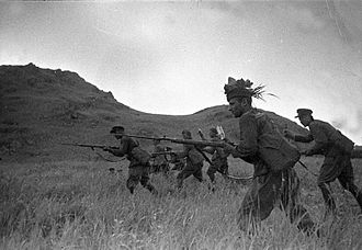 Battle of Lake Khasan - Red Army soldiers on attack