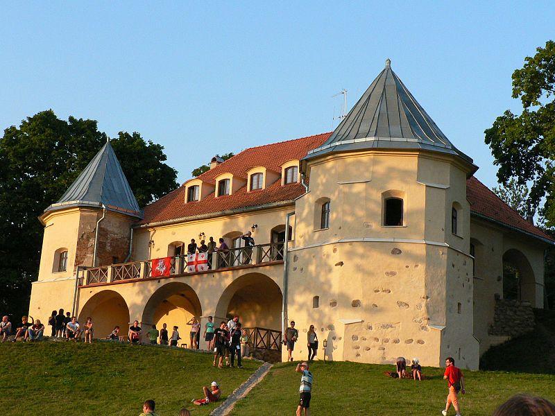 Be2gether 2008, Norviliškės Castle.jpg