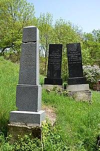 Beckov - Jewish cemetery.JPG