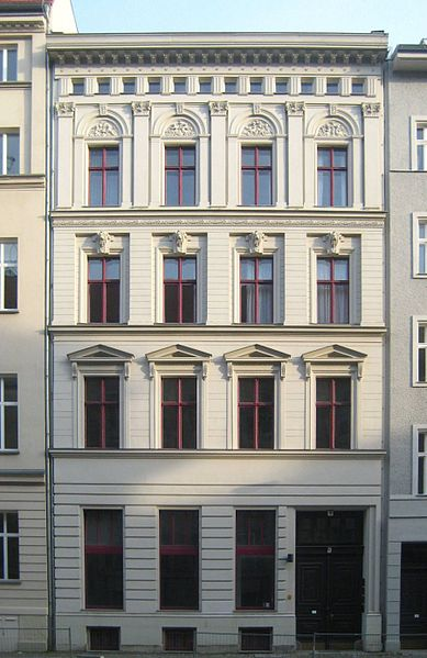 file berlin mitte jaegerstrasse 5 mietshaus wikimedia commons. Black Bedroom Furniture Sets. Home Design Ideas