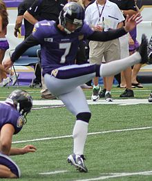 Billy Cundiff 2011 stadium practice.jpg