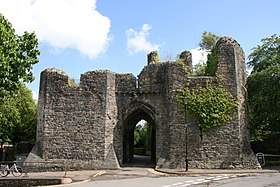 Bishop's Palace, Llandaff 2011 5.jpg