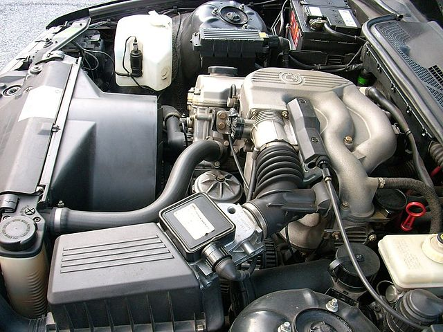 File Bmw 316 E36 Engine Bay 5 Jpg Wikimedia Commons